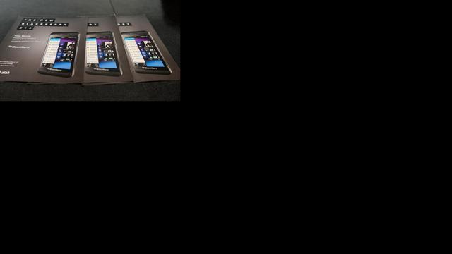 BlackBerry opnieuw in rode cijfers