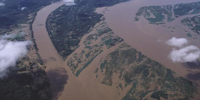 Nederlander voltooit roeireis over Amazone
