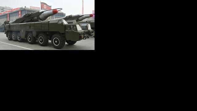 Noord-Korea brengt tweede raket in stelling