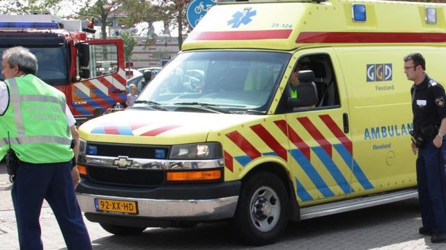 Echtpaar raakt bekneld in auto na ongeluk in Breda