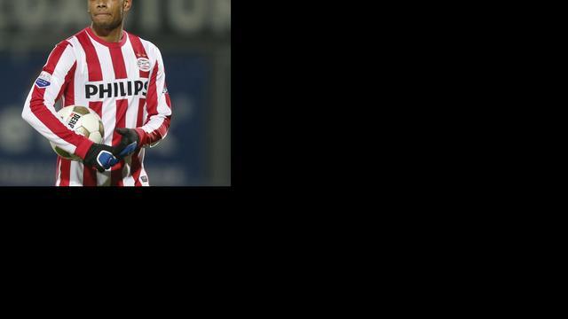 Locadia mist topper tegen Ajax door operatie