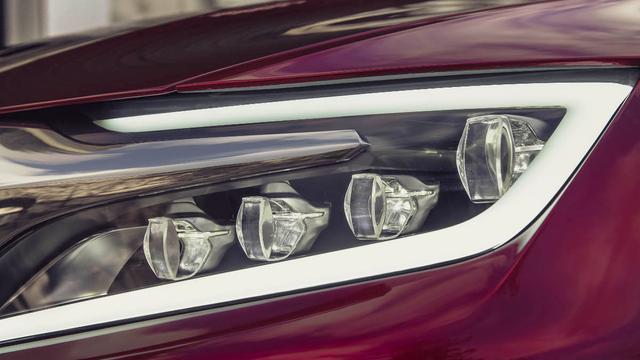 Citroën DS Wild Rubis moet degens kruisen met Audi Q5