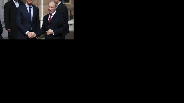 Poetin ontkent schending mensenrechten in Rusland