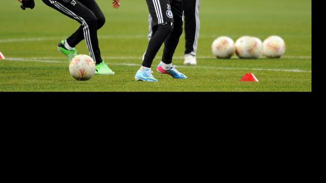 Aké in selectie Chelsea voor Europa League-finale