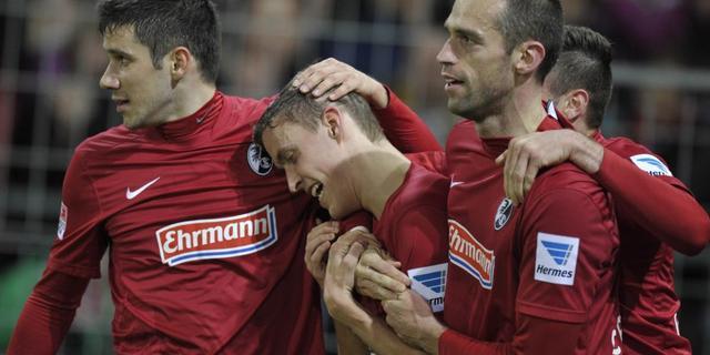 Freiburg blijft in de race voor Europees voetbal