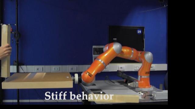 Robot helpt bij in elkaar zetten Ikea-meubel
