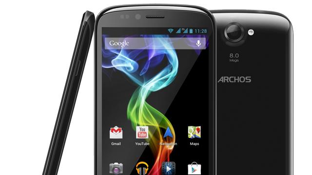 Crammed with Technology: 5-Inch Smartphone for 219 Euros