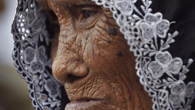 Schadevergoeding en excuses voor weduwen Sulawesi