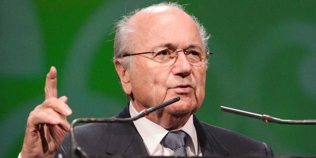 FIFA-baas Blatter wil opheldering van Rusland over antihomowet