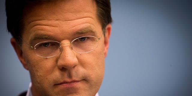 Rutte wil amper ingaan op dreigement Slob