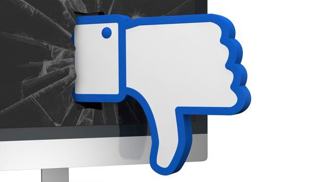 Boeten voor beledigen agent via Facebook