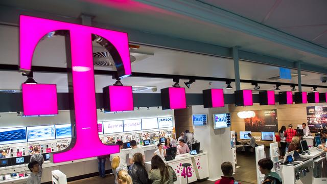 'Dish overweegt bod op T-Mobile US'