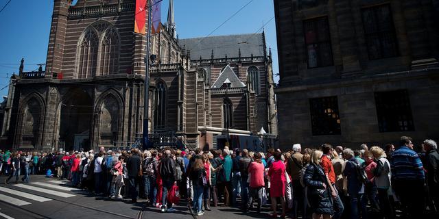 7000 nieuwsgierigen in De Nieuwe Kerk
