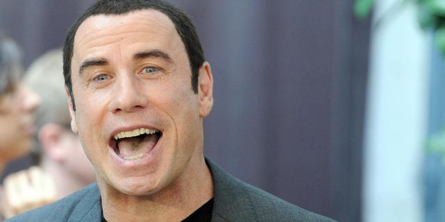 'John Travolta wil schurk in James Bond-film spelen'