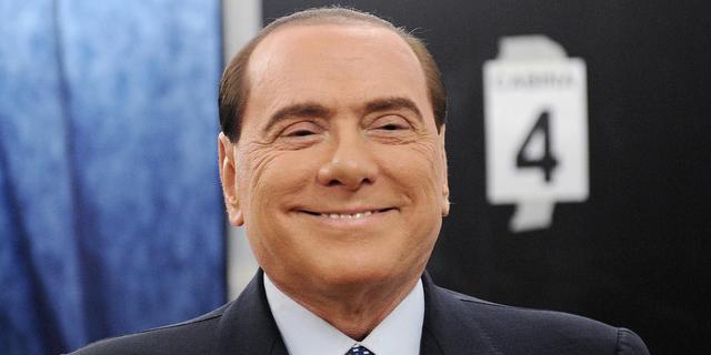 Berlusconi fors rijker ondanks schandalen