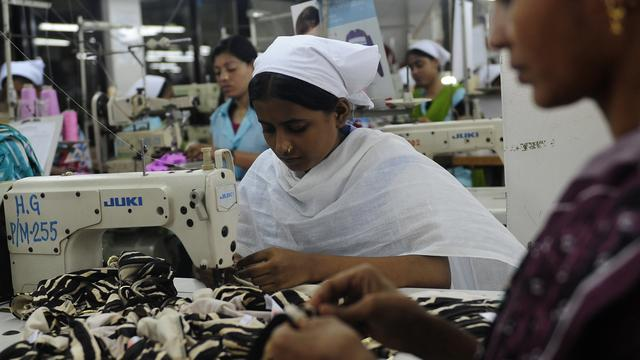 Lijst naaiateliers toont productielocaties Nederlandse kledingketens