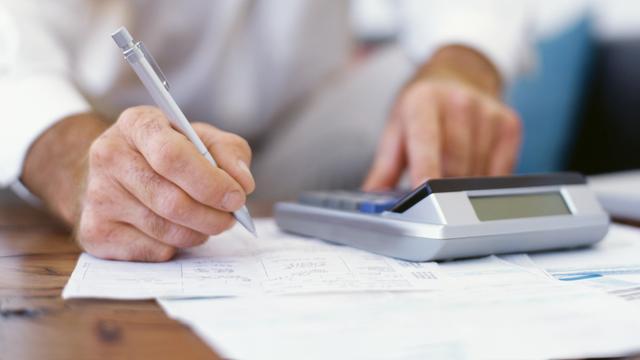 Boete voor Ernst & Young vanwege 'romantische' relatie accountant