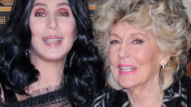 Moeder van Cher brengt countryalbum uit