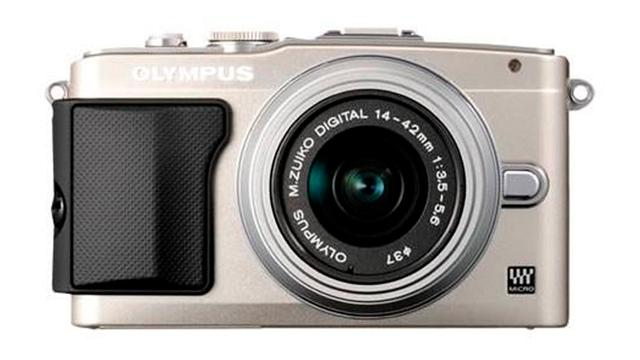 Olympus introduceert middenklasse-systeemcamera
