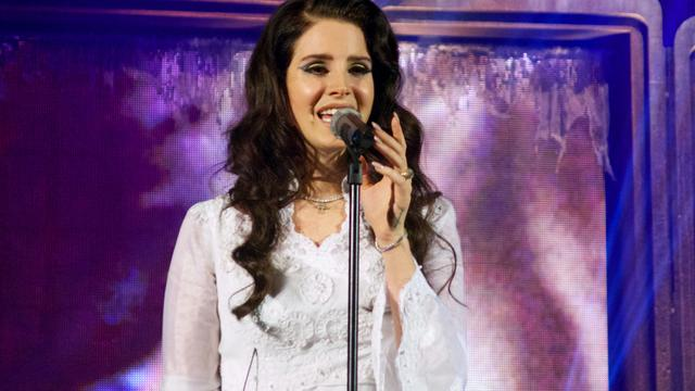 Lana Del Rey zong gratis voor Kanye West en Kim Kardashian