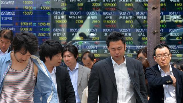 Nikkei flink hoger dankzij yen