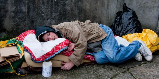 Winteropvang voor Haagse daklozen blijft langer open vanwege kou