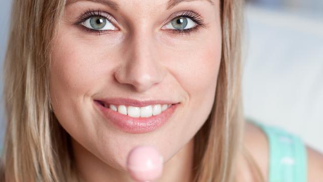 Snoepfabrikant maakt lolly met moedermelksmaak