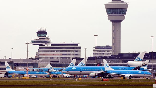 Schiphol mag eens in de 3 jaar tarief vaststellen