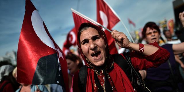 AK-partij kondigt tegendemonstraties aan