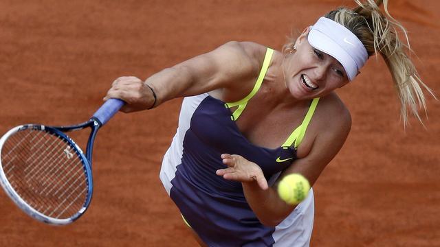 Sjarapova en Williams naar finale Roland Garros
