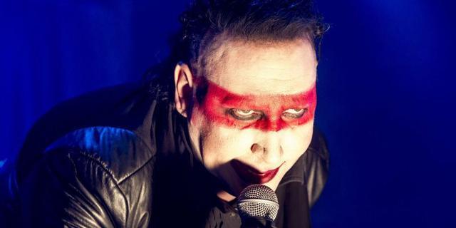 Ex-assistent klaagt Marilyn Manson aan voor aanranding