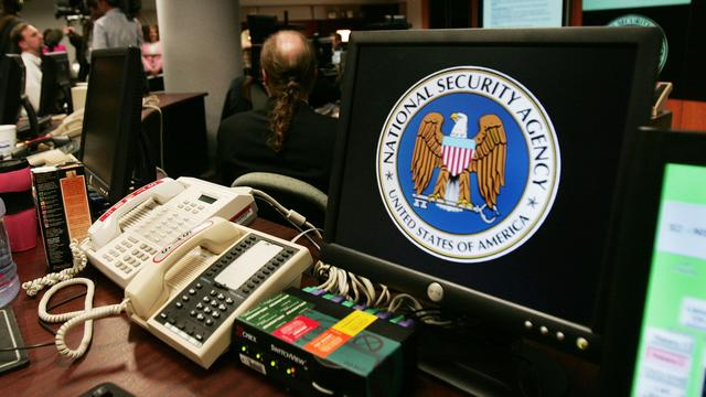 'Tientallen aanvallen verijdeld door beleid NSA'