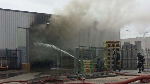 Grote brand in woonwinkel Brielle