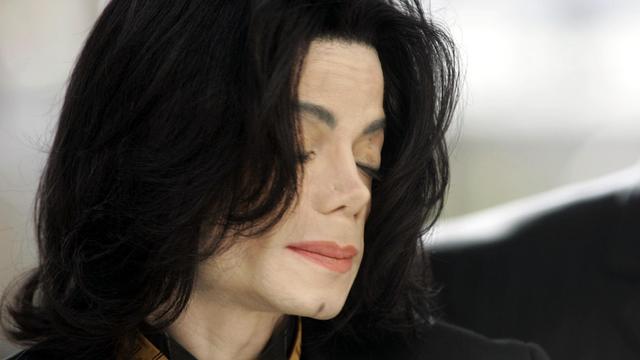 Rechter hoort slachtoffers Michael Jackson