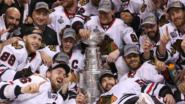 IJshockeyers Chicago Blackhawks winnen Stanley Cup