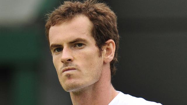 Murray overtuigend naar vierde ronde op Wimbledon