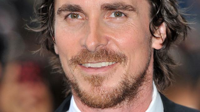 Christian Bale verwelkomt zoontje