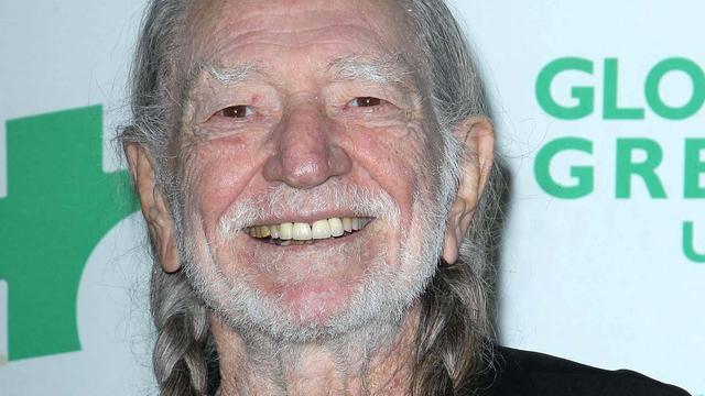 Tournee Willie Nelson afgebroken na ongeluk toerbus