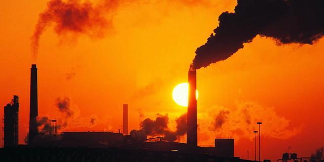 'Luchtvervuiling verzwakt orkanen'