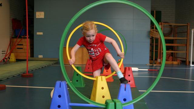 Advies aan scholen: Kinderen moeten per dag uur extra bewegen