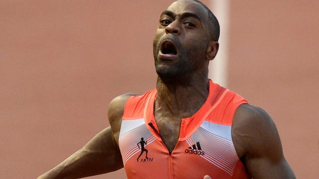 Amerikaan Gay voor jaar geschorst wegens doping