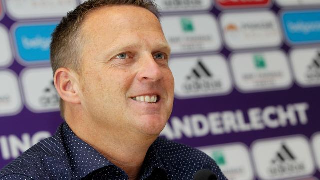 Van den Brom pakt Supercup met Anderlecht