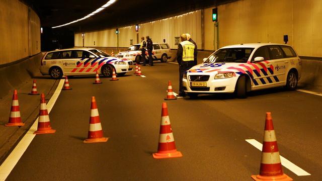Tunnel A16 dicht na ongeluk