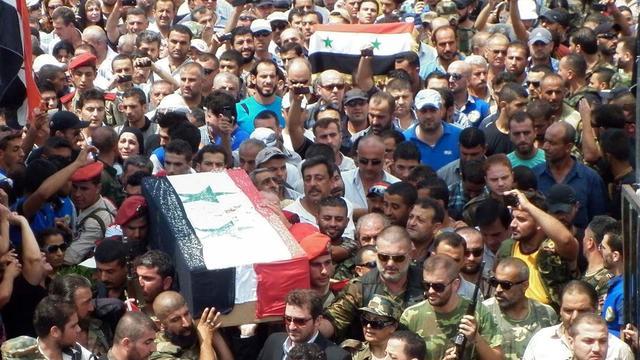 Nog altijd massale vluchtelingenstroom Syrië