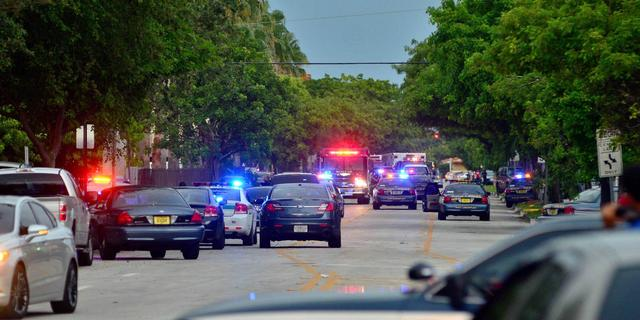 Man schiet zes mensen dood in VS