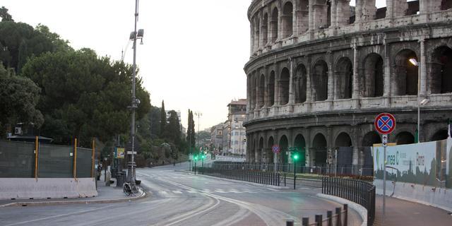 Hakenkruizen gespoten op Joodse winkels in Rome
