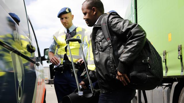 Minder asielzoekers door aanhouding smokkelaars