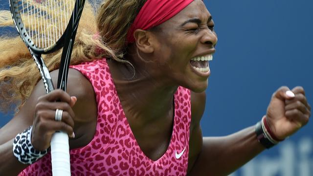 Serena Williams ronde verder, Kvitova verrassend onderuit