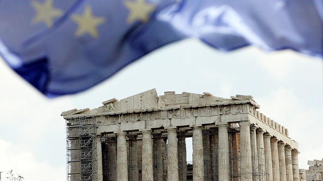 Griekse rente zakt flink terug