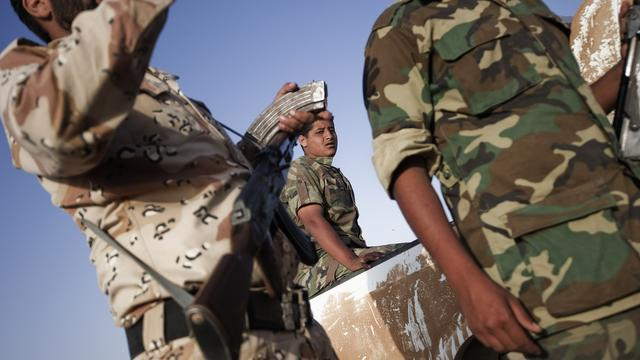 Evacuatie buitenlanders uit Tripoli vertraagd